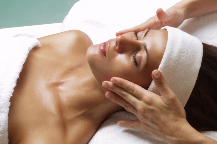 Частичен масаж - гръб, крака, лице